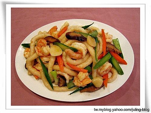 蝦仁炒魚麵
