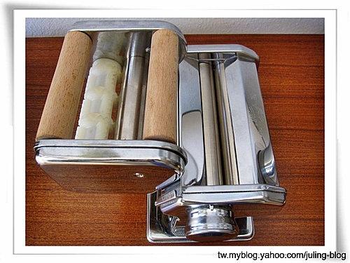 壓麵機10
