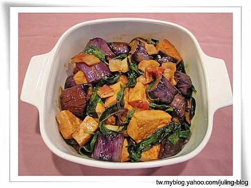 培根茄子豆腐煲