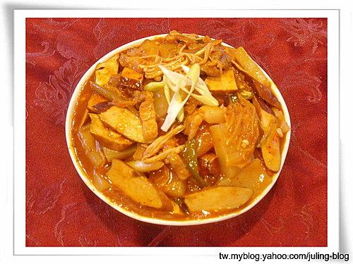 泡菜蒟蒻煲