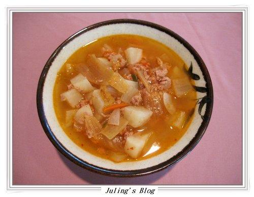 泡菜鮪魚湯