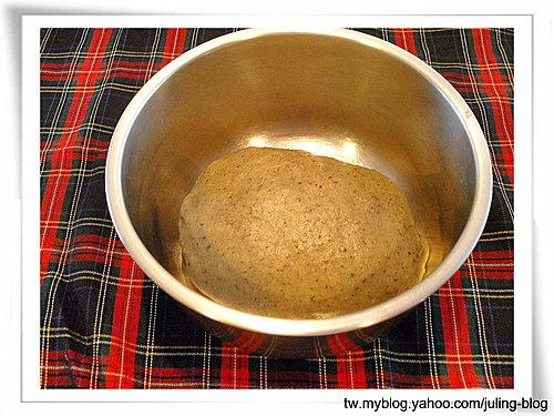 芝麻牛奶湯種土司2