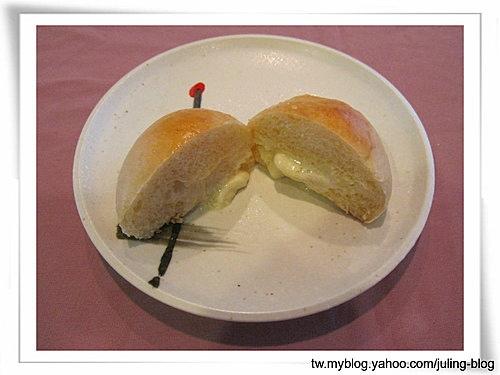 雙味爆漿餐包&咖哩蔥花餐包15
