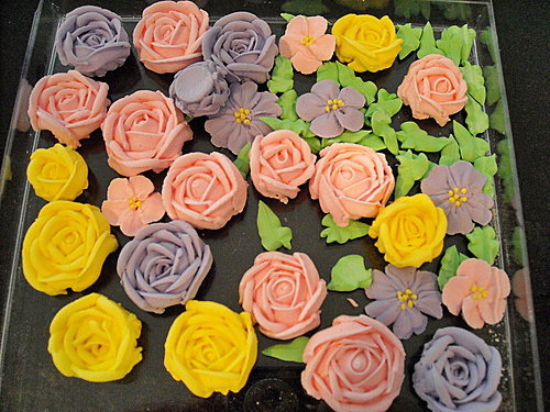 蛋糕裝飾2-Royal Icing Flowers (2)1.jpg