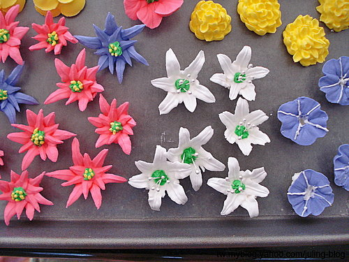 蛋糕裝飾2-Royal Icing Flowers2.jpg