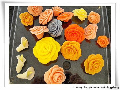 蛋糕裝飾3-Fondant Rose, Calla Lily(海芋)1.jpg