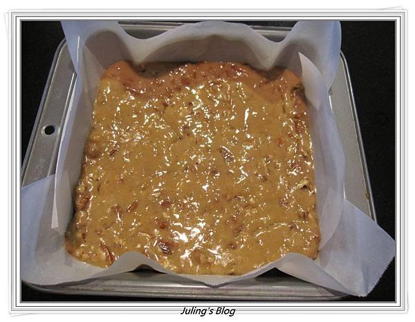 Caramel Pecan Bars做法6.JPG