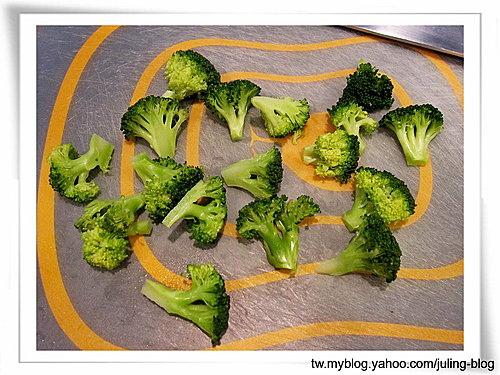 香酥綠花椰肉丸2.jpg