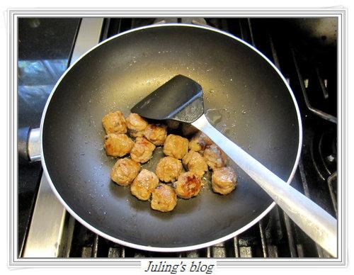 香菇肉丸燜冬瓜5.jpg