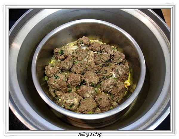 牛肉煲飯做法9.JPG