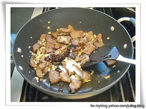 蒜味牛小排7.jpg