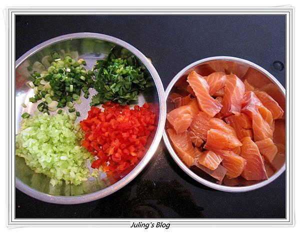 鮭魚餅做法2.JPG