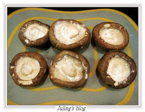 鮮菇大肉餅3.jpg