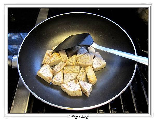 芋頭排骨湯做法5.JPG