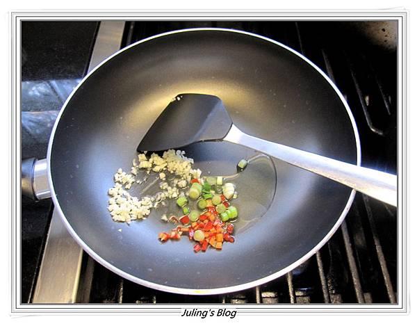 蒜香小芋頭做法4.JPG