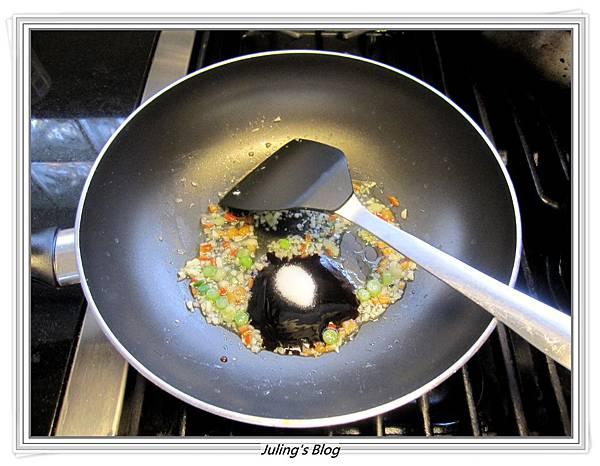 蒜香小芋頭做法5.JPG