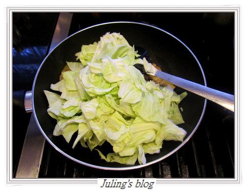 高麗菜雞肉豆漿鍋6.jpg