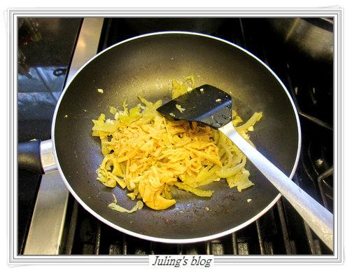 酸菜雞絲燜玉筍5.jpg