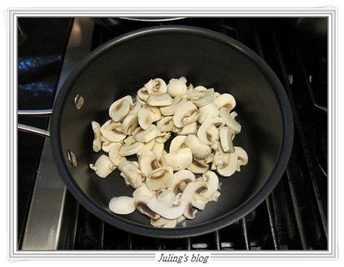 磨菇醬雞排&香煎馬鈴薯3.jpg