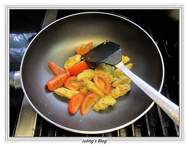 番茄蛋麵做法4.JPG
