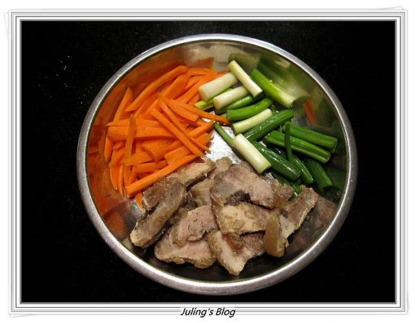 鹹豬肉炒白花菜做法2.JPG