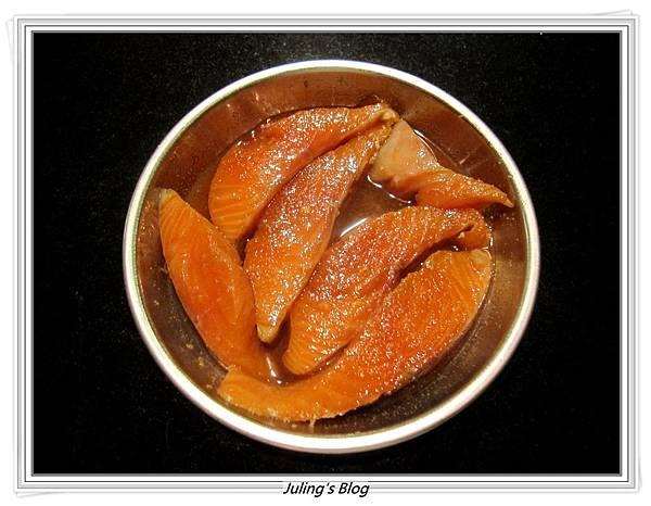 薑味蜜汁鮭魚做法3.JPG
