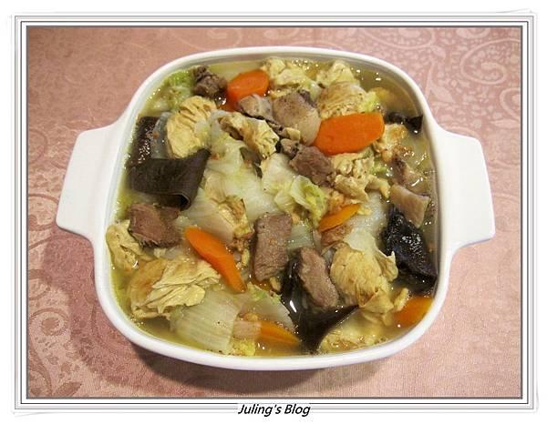 鹹豬肉滷白菜.JPG
