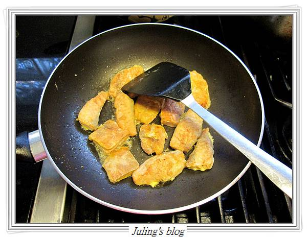 玉米菠菜鮭魚做法6.JPG