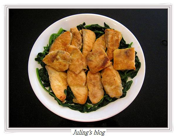 玉米菠菜鮭魚做法7.JPG