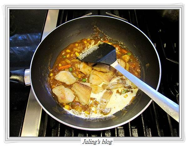 咖哩燴魚片做法9.JPG