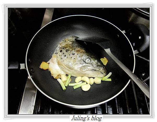 紅燒鮭魚頭做法3.JPG