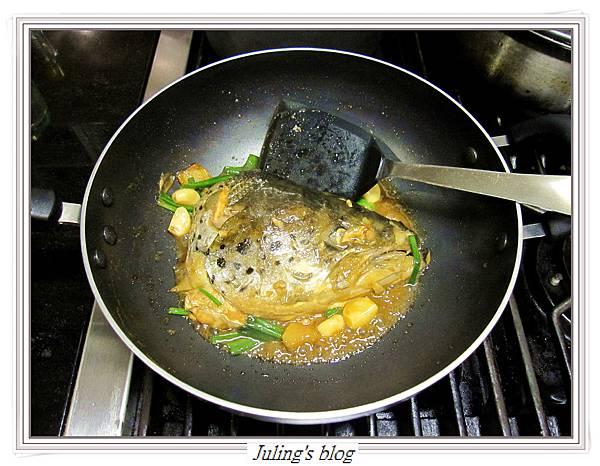 紅燒鮭魚頭做法8.JPG