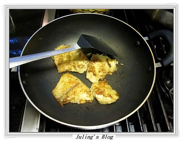 香煎鯛魚佐鳳梨優格做法4.JPG