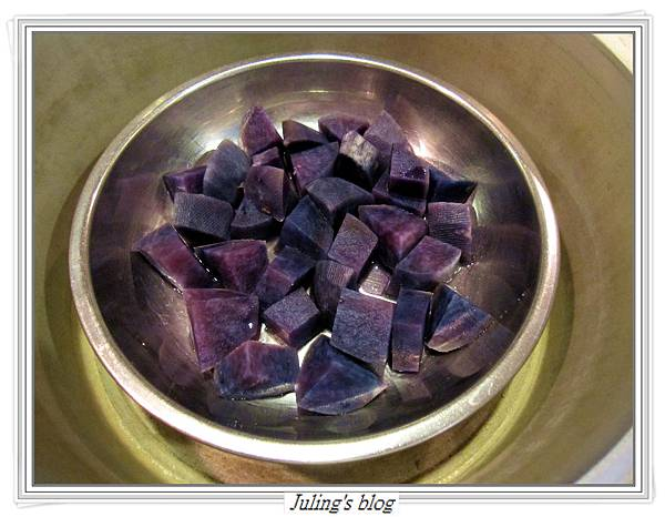 塔香鮭魚紫洋芋做法2.JPG