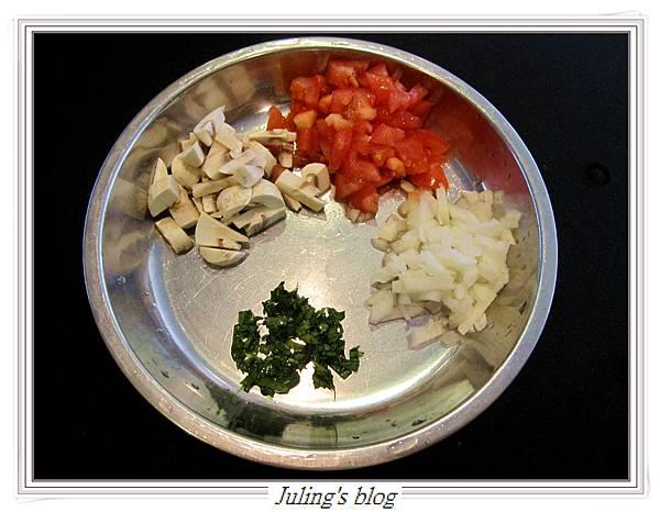 茄汁肉醬荷包蛋做法1.JPG