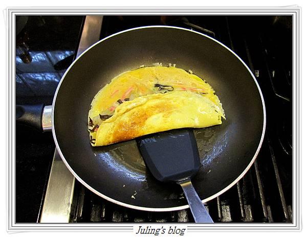 洋蔥蛋捲做法9.JPG
