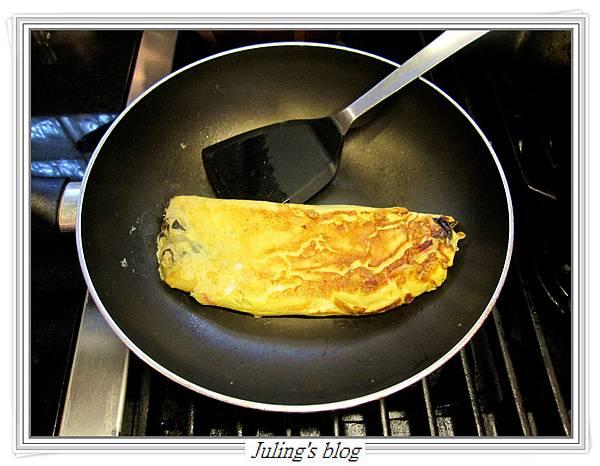 洋蔥蛋捲做法11.JPG