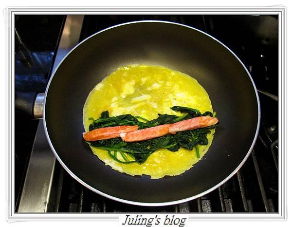 菠菜蛋卷做法4.JPG