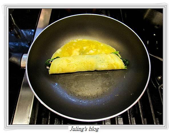 菠菜蛋卷做法6.JPG