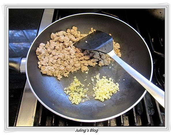 咖哩肉醬做法1.JPG