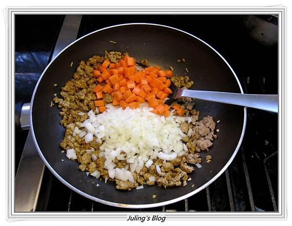 咖哩肉醬做法3.JPG