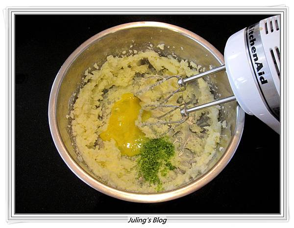 Cornmeal Cookies做法2.JPG