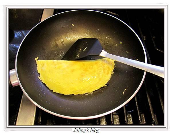 蛋包菜做法10.JPG