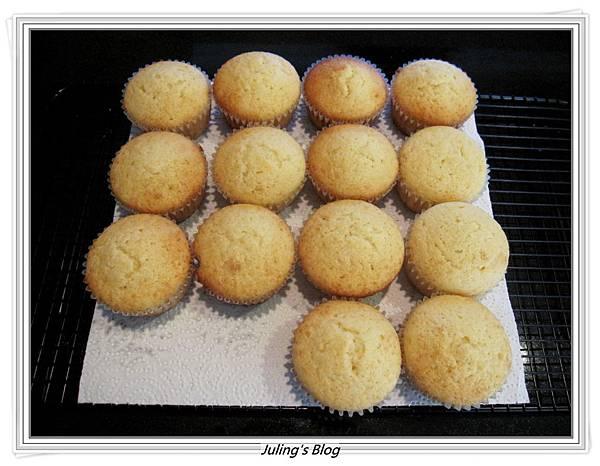 檸檬酸奶蛋糕做法11.JPG