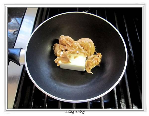 Peanut Butter Cocoa Fudge做法1.JPG