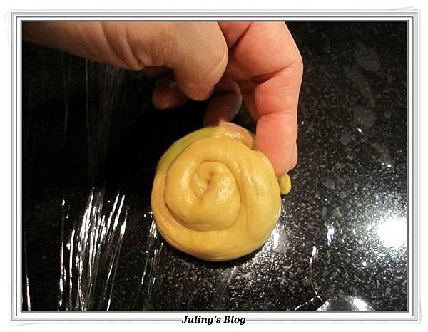 乳酪黑糖麵包做法9.JPG