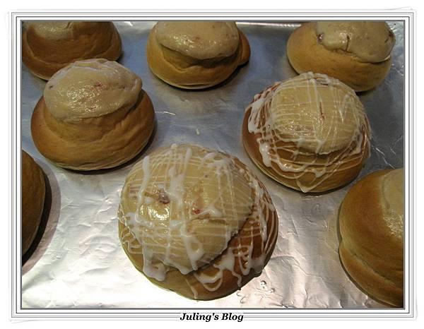 乳酪黑糖麵包做法17.JPG