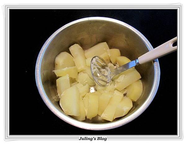 微笑薯餅做法1.JPG