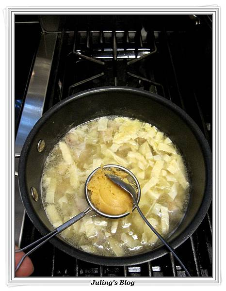 馬鈴薯雞肉味噌湯做法7.JPG