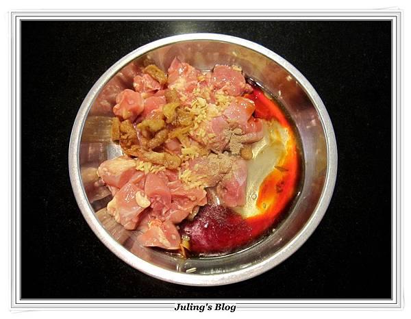 木耳蒸雞做法3.JPG